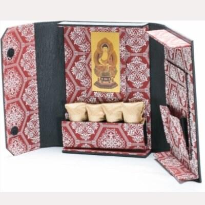 ミニ仏壇❘ポータブル仏壇❘博多織シリーズ 赤「愛偲手箱」あいさいてばこ