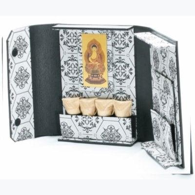 ミニ仏壇❘ポータブル仏壇❘博多織シリーズ 白「愛偲手箱」あいさいてばこ