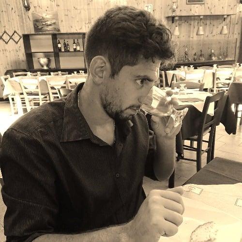 【岡山・蒜山高原のお店でレッスン】イタリア人オーナー「ルーチョ」が日本語で「テイスティング付オリーブオイルレッスン」【1500円分のお買い物券付き】のイメージその1