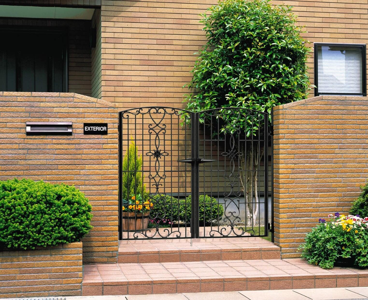 鋳物門扉設置工事パックのイメージその1