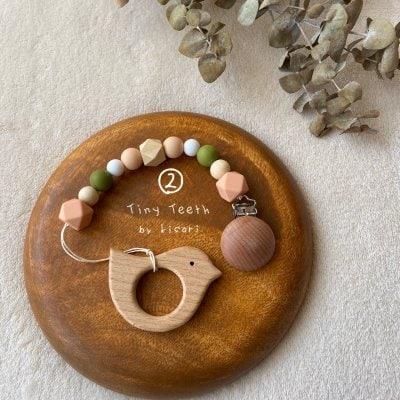 【安心・安全な素材を用いた歯固め】おもちゃホルダー🍡団子シリーズ②🍡 / 選べる木製モチーフ / 文字入れ対応可