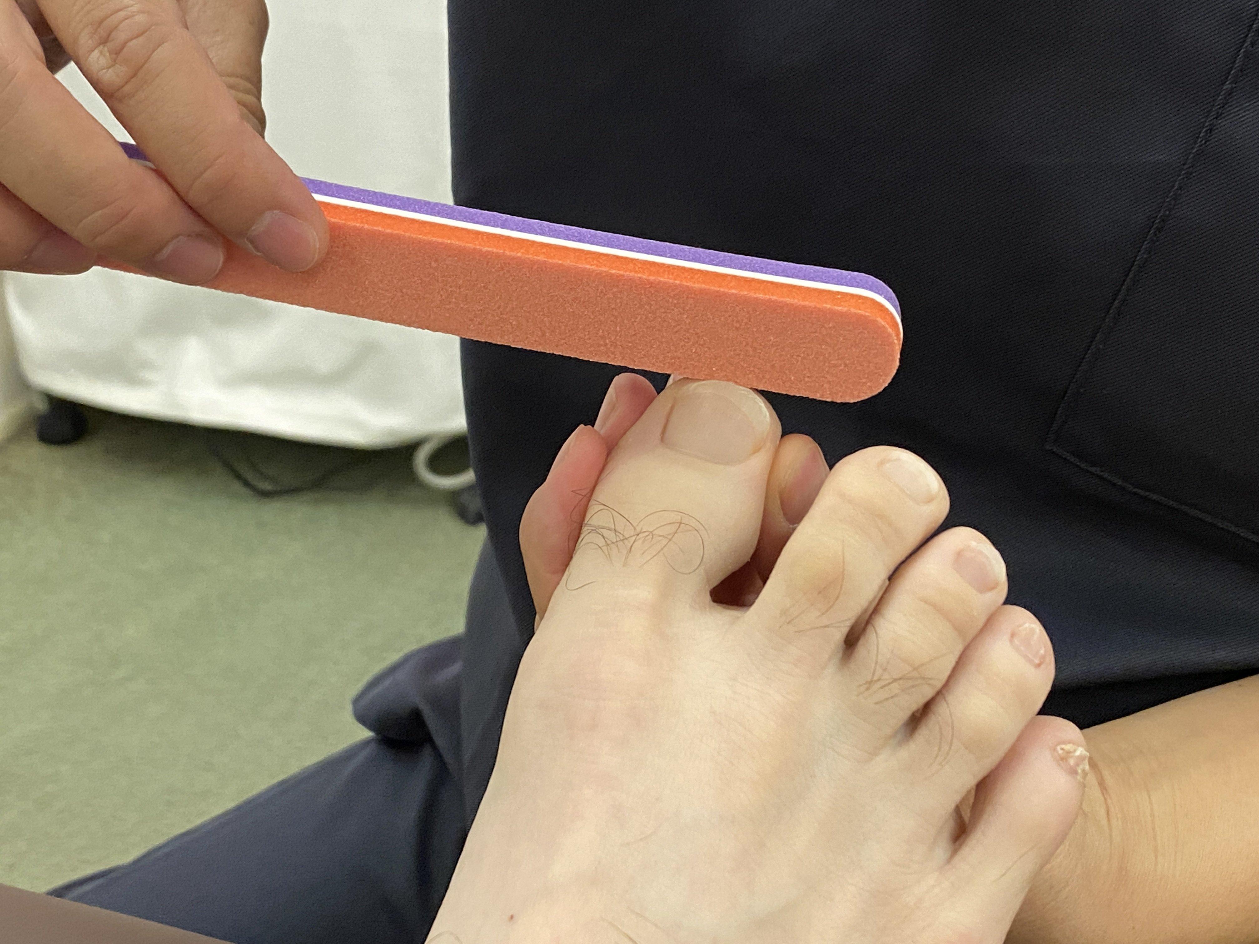 【片足用 足爪のケア】 肥厚爪のケアやカットができない方のイメージその3
