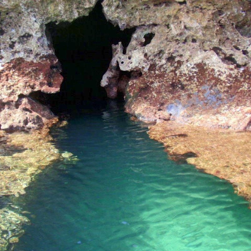 コロナ緊急事態宣言明け自分へのご褒美に!エメラルドグリーンの海が半端ネー/宮古島格安パンプキン鍾乳洞探検ツアー/1日1回1組限定/オフシーズン12月から2月も実施可能のイメージその4