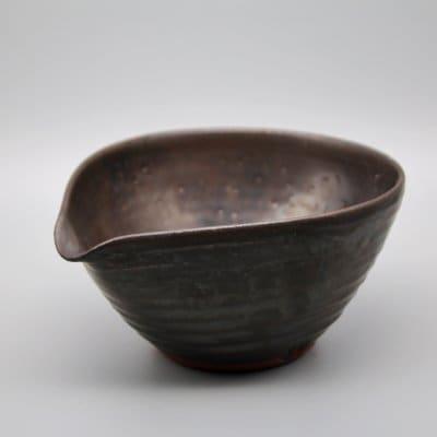 黒釉片口鉢
