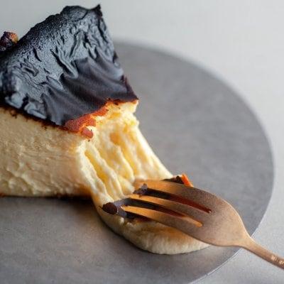 【冷蔵便・送料込】瀬戸内 古民家カフェ「むすび」のバスクチーズケーキ