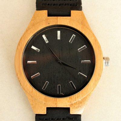 【木の腕時計】天然木×本革 木のぬくもり 優しい感触 メンズ レディース 革バンドの色も選択可♪ 金属アレルギーで腕時計を諦めていた方にも【J】