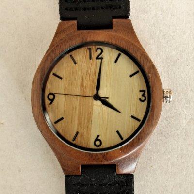 【木の腕時計】天然木×本革 木のぬくもり 優しい感触 メンズ レディース 革バンドの色も選択可♪ 金属アレルギーで腕時計を諦めていた方にも【KQ】