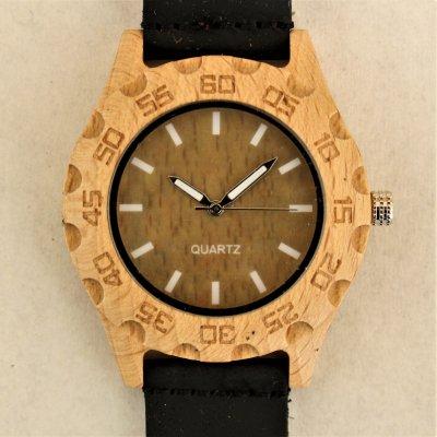 【木の腕時計】天然木×本革 木のぬくもり 優しい感触 メンズ レディース 革バンドの色も選択可♪ 金属アレルギーで腕時計を諦めていた方にも【KZ】