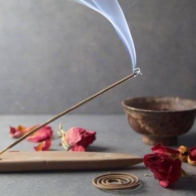 お部屋と自分の浄化に「天然のお香」