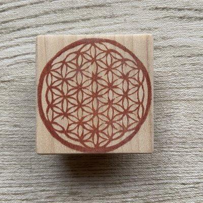 神聖幾何学フラワーオブライフはんこ(5cm正方)
