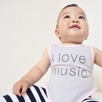 """〜店頭払いOK〜【出産祝いにオススメ】ビブシィ AMAZING BABY""""着るよだ..."""