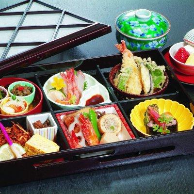 2700(税込)桜御膳テイクアウト松花堂弁当ウェブチケット