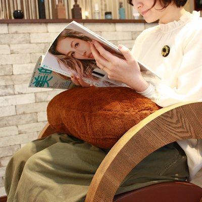 プリンセスの抱き枕 癒しのプロ、美容師が考えた!ラビットファーでふわふわ。全2色・ネイビー・ブラウン