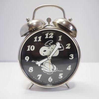 【オーバーホール済】スヌーピー黒 手巻き機械式目覚まし時計 ヴィン...