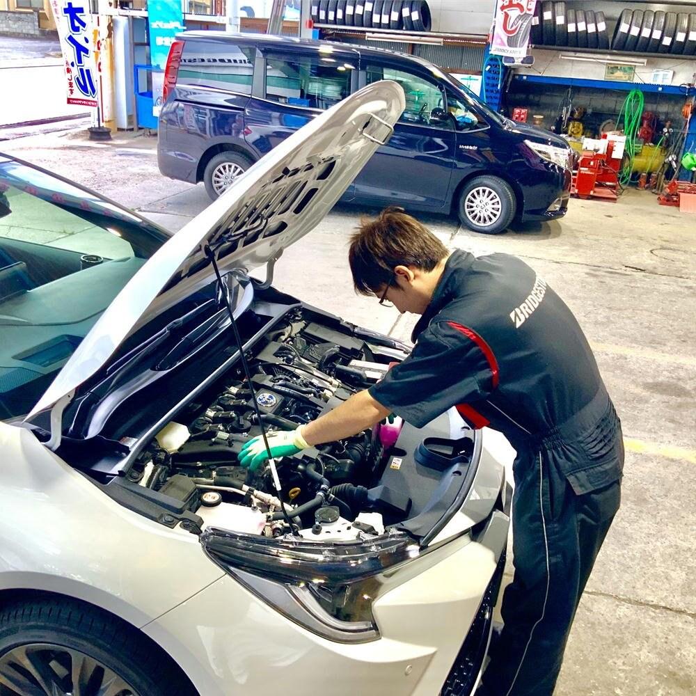小型自動車(2000cc以下、ディーゼル除く)のエンジンオイル交換/長野県飯田市タイヤ専門店宗橋タイヤのイメージその3