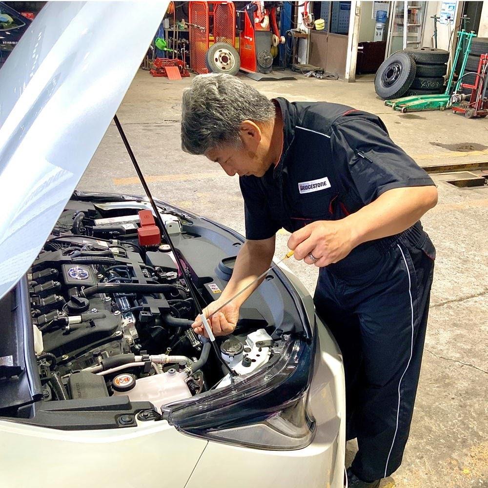 小型自動車(2000cc以下、ディーゼル除く)のエンジンオイル交換/長野県飯田市タイヤ専門店宗橋タイヤのイメージその2