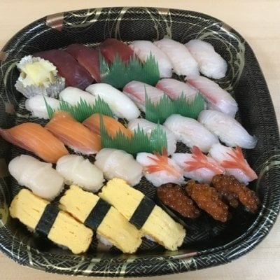 【テイクアウトメニューチケット】握り寿司3人前