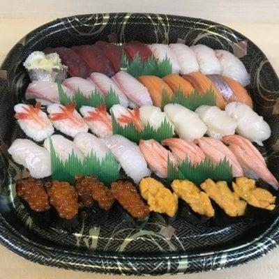 【テイクアウトメニューチケット】握り寿司4人前