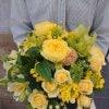 【来店・指定配達地域限定】春のお花を使用したイエローブーケ