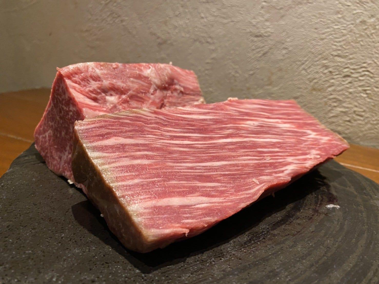 最高級黒毛和牛のざき牛のシャトーブリアン炭火焼ステーキ(店内ご飲食専用)のイメージその2