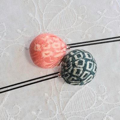 2色のボールの髪飾りセット