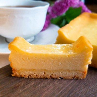 北海道産チーズたっぷり。しっとりベイクドチーズケーキ(1本)