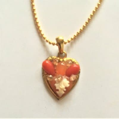 209F1-9 Heart Cameo Necklace 10,780円(税込)