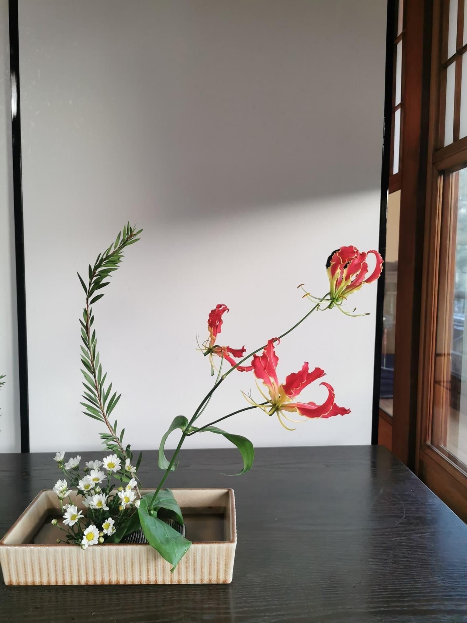 型のない生け花〜自分と繋がる時間 3月13日土曜日開催のイメージその4