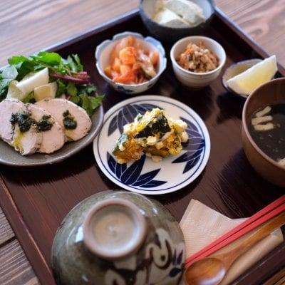 発酵食品deからだにやさしいランチ ハーブティー&スイーツ付き (その他のドリンク ✙50円)
