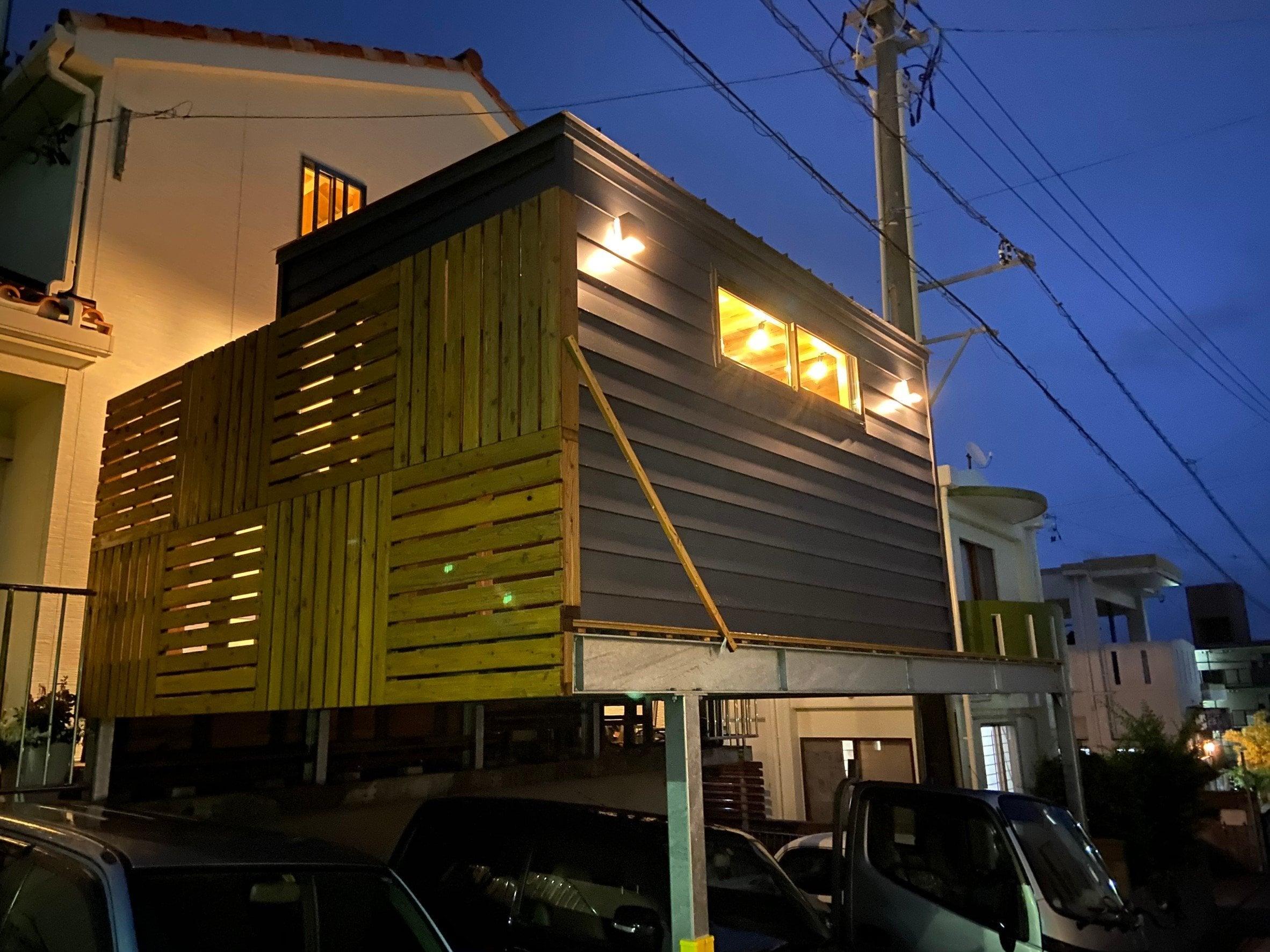 【M様専用】木造タイニーハウスHEYA|本体(移動費、オプション別途)|D2,400 × W4,200 × H2,600mmのイメージその2