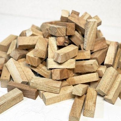 【香りを楽しむ】香木クスの木チップ(大)