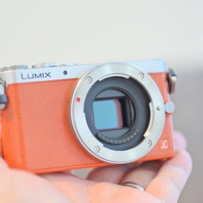 【コンパクトミラーレス名機】Panasonic LUMIX GM-1 ボディのみ 充電器・バッテリー付き