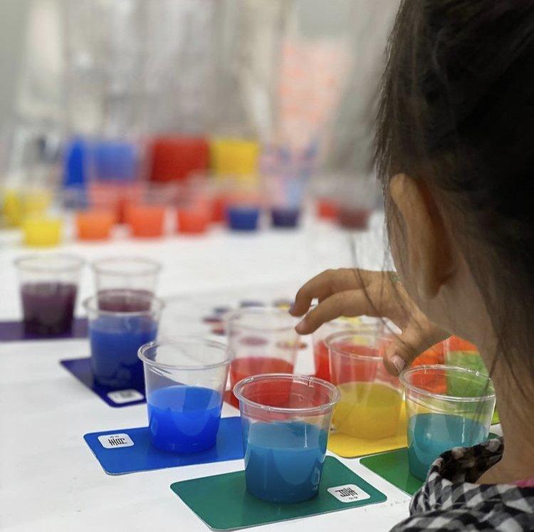 親子で学ぶ 絵本の読み聞かせ・色彩知育体験会のイメージその2