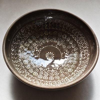 花紋様三島鉢