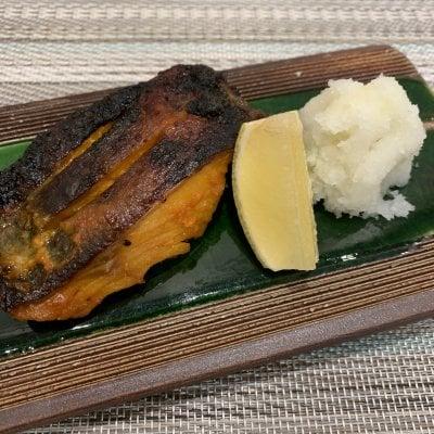 銀ダラ味噌漬け120g 「隆の味自慢」 珍しい赤いもろみ味噌で漬け込んだ銀鱈です。お酒のアテにも、ご飯のおかずにも最高の逸品です。