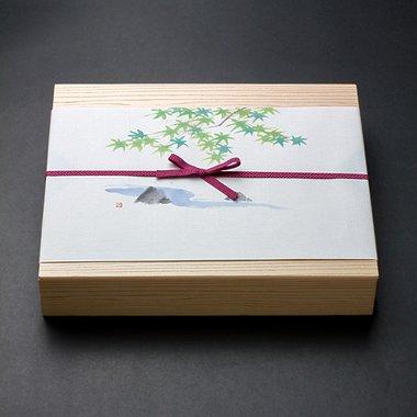 週末限定店頭渡 季節のお魚棒鮨お弁当のイメージその2