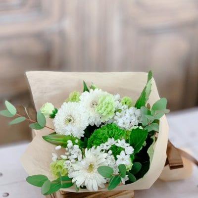 【長さ30㎝】季節のお花の定期便*送料込み3回のお届け