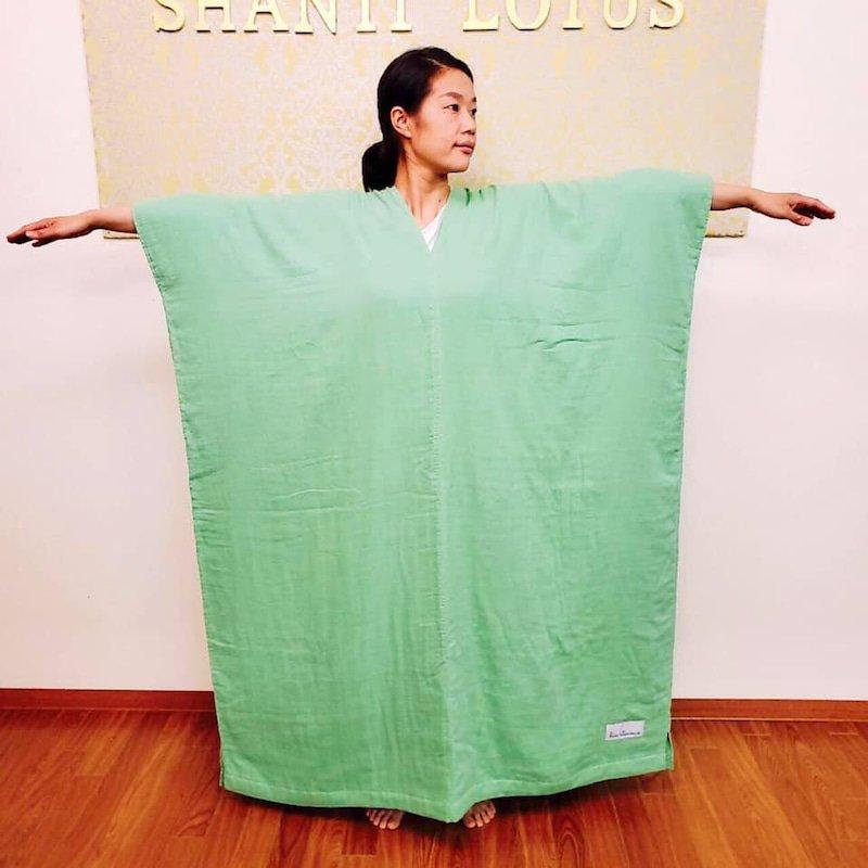 お肌に優しい特別仕様の「ダブルガーゼのマント(Bio mamaマント)」着用でビオスチームのイメージその1