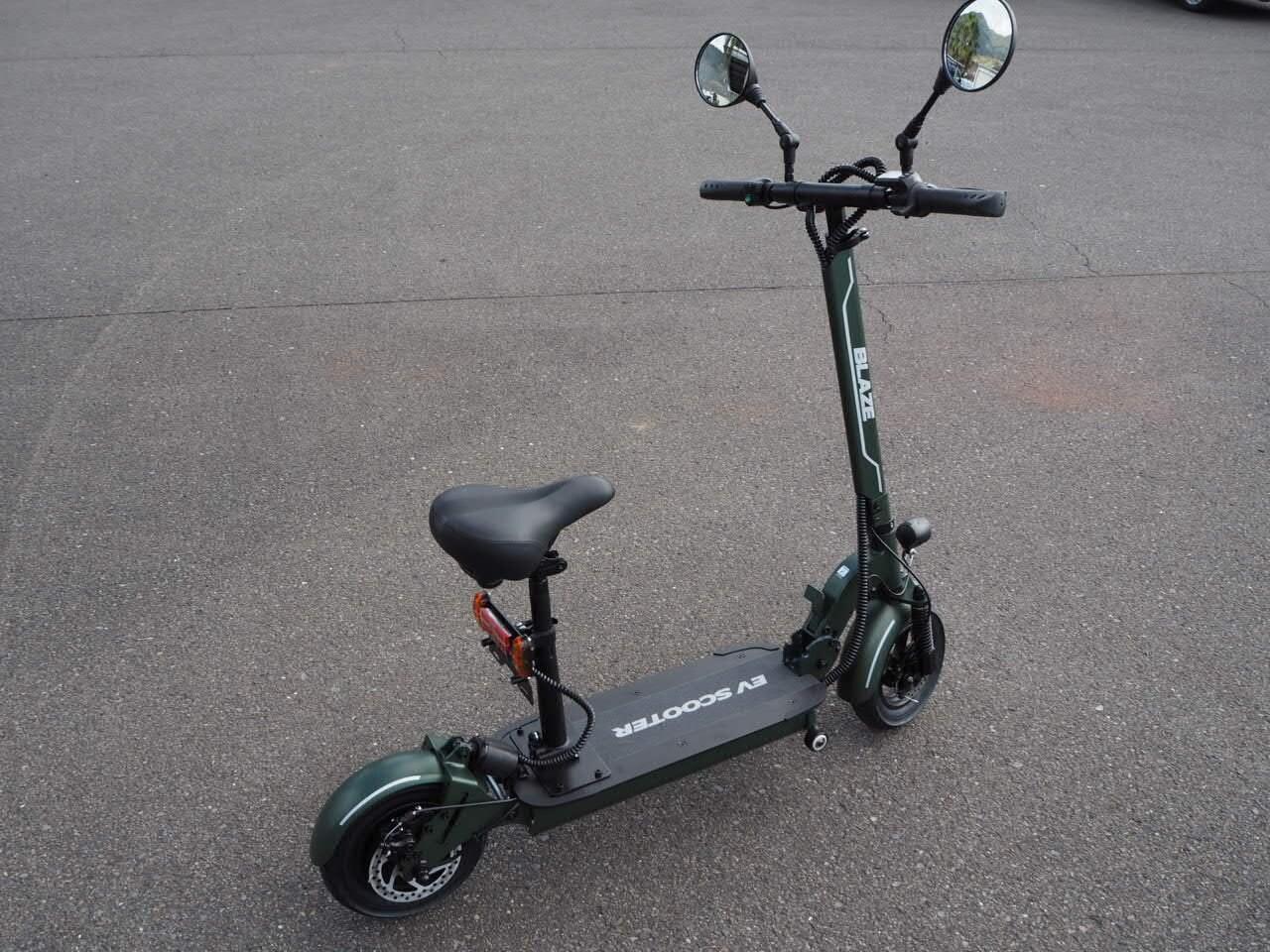 100%電気で動く折畳み可能な電動バイク ブレイズEVスクーター(カーキ色)【現金払い・銀行振り込み専用チケット】のイメージその1