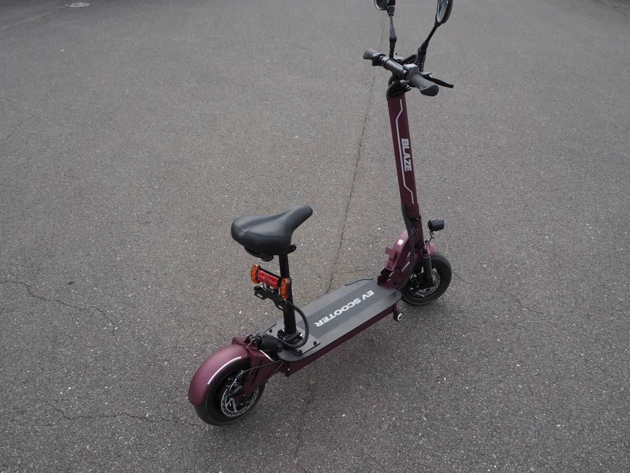 100%電気で動く折畳み可能な電動バイク ブレイズEVスクーター(ワインレッド色)【現金払い・銀行振り込み専用チケット】のイメージその1