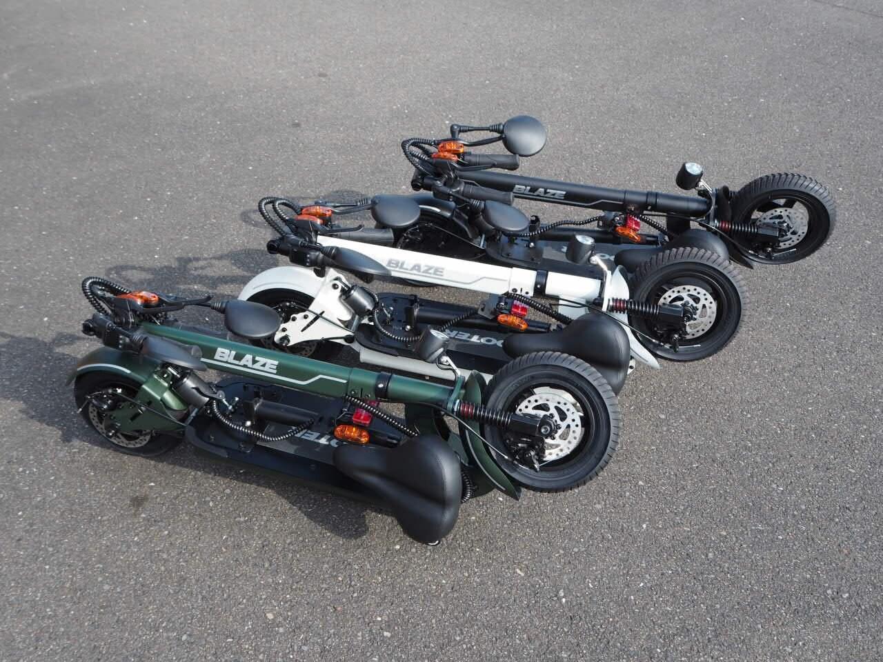 100%電気で動く折畳み可能な電動バイク ブレイズEVスクーター(ホワイト色)【現金払い・銀行振り込み専用チケット】のイメージその5