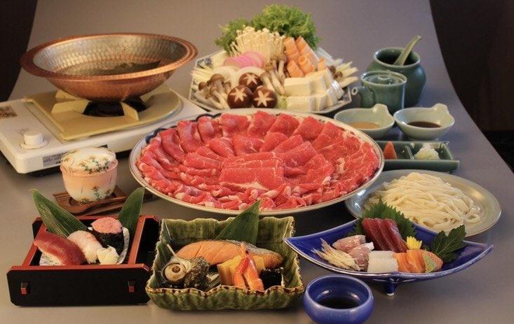 御宴会やお祝い事にオススメ/選べる鍋コース(しゃぶしゃぶ、お刺身、焼き物、茶碗蒸し、寿司など7品付きます)のイメージその1