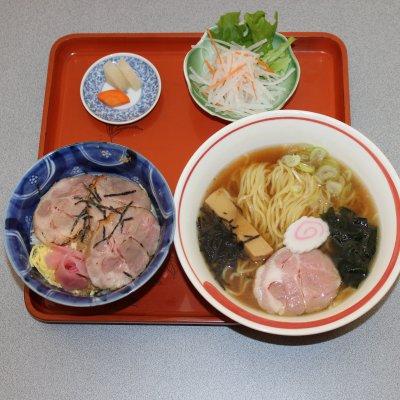 ミニチャーシュー丼&蕎麦、うどん、ラーメン選べるCセット(ランチ、ディナー両方ご利用いただけます)