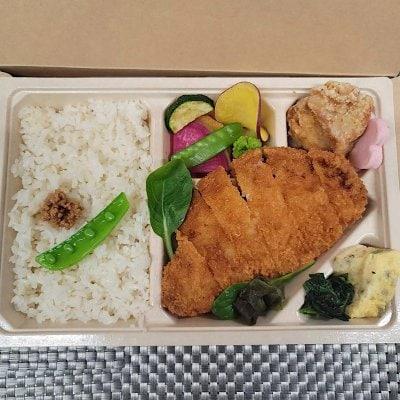 7/31ドラべんメニュー 10種類の野菜のとんかつ弁当 850円