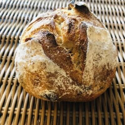 レザン(ラムレーズンのパン)