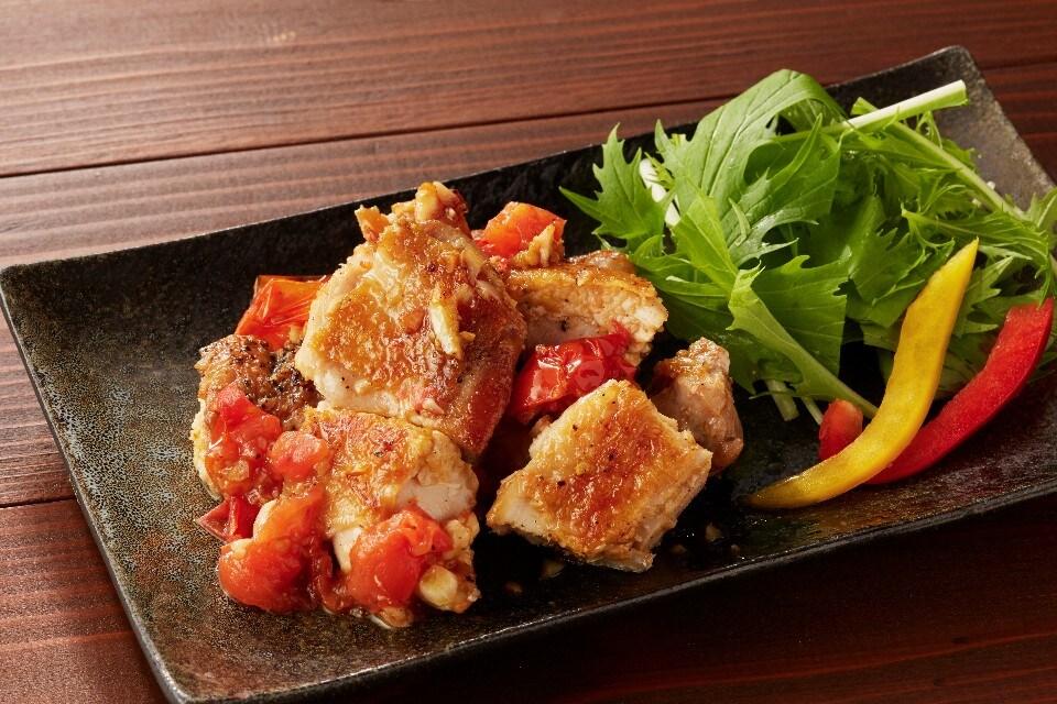 広島産 ハーブ鶏のトマトガーリック焼き