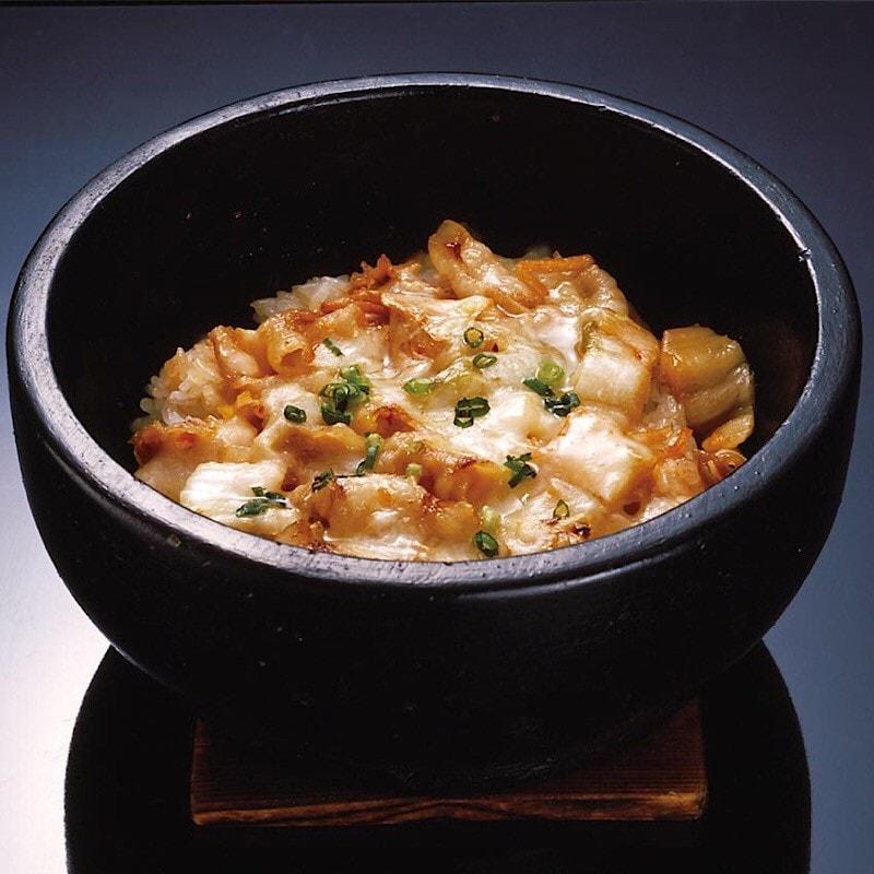 豚キムチのチーズ石焼ビビンバ