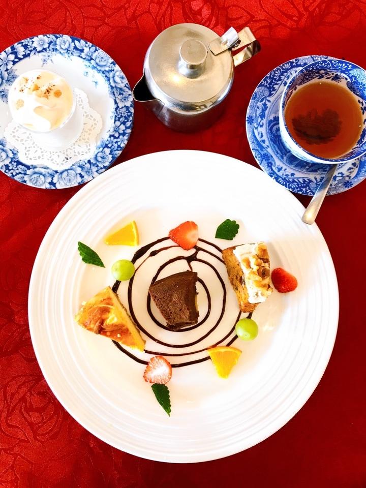 スイーツ4種と紅茶セット