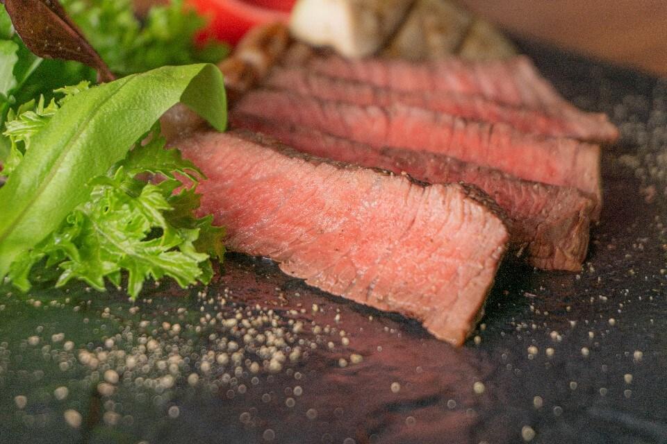 国産牛赤身ステーキランチ