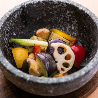 ゴロゴロ野菜の石焼き